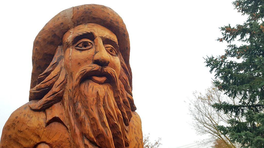 Rzeźba rybaka w Jantarze